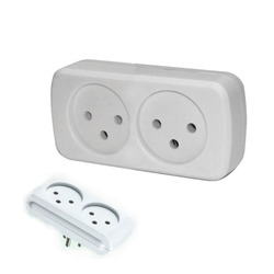 מפצל לחשמל 1 ל-2