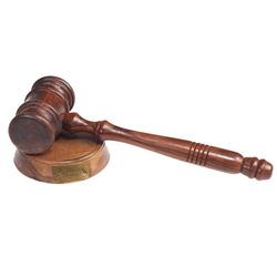 פטיש שופטים איכותי עם מעמד עץ 3468